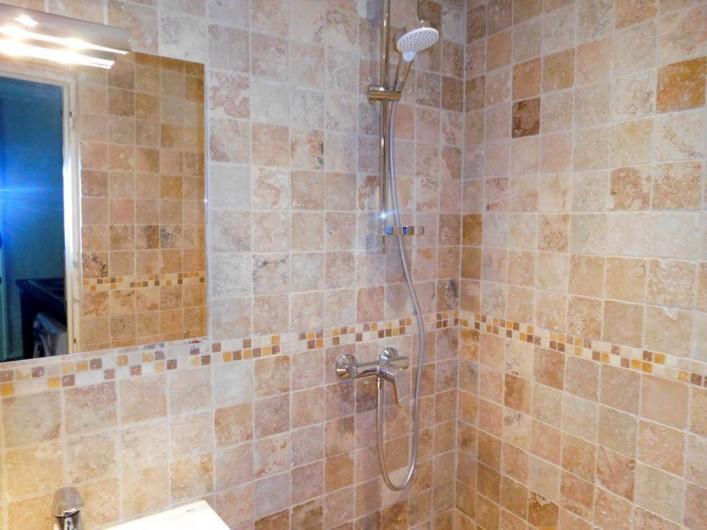 Location de vacances - Maison - Villa à Correns - La salle de bains