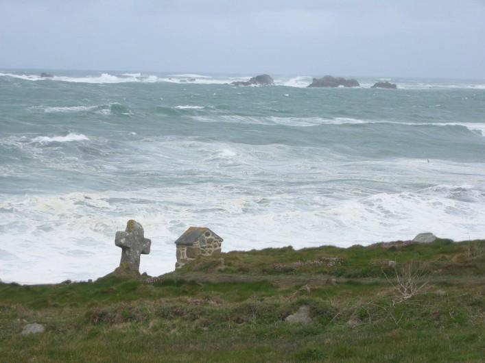 Location de vacances - Villa à Portsall - A 40 mn de marche  : La Côte des Légendes. Sentiers de randonnée littorale