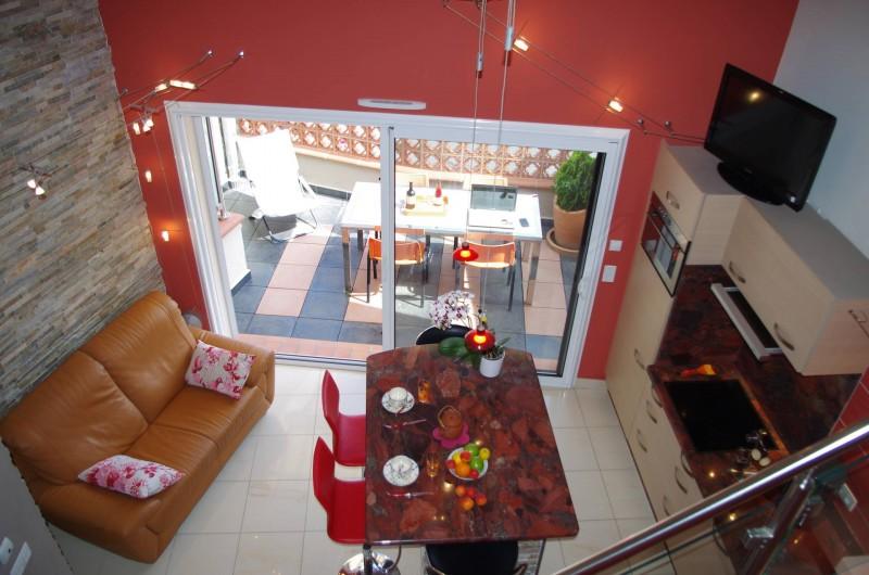 Location de vacances - Gîte à Cerbère - Appartement moderne, lumineux, très confortable, terrasse sud et vue mer