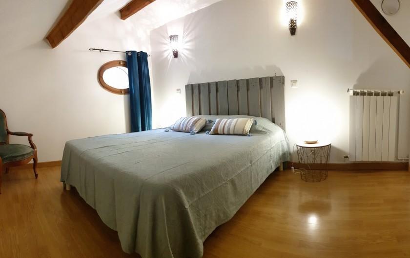 Location de vacances - Gîte à Arles - Chambre 2 personnes, lit 160cm