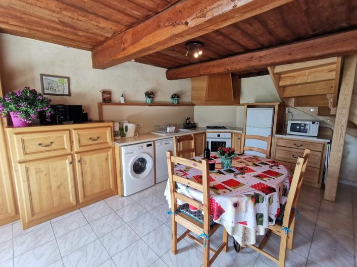 Location de vacances - Gîte à La Livinière - cuisine Les Amandiers