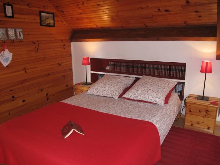 Location de vacances - Studio à Bagnères-de-Bigorre - Pièce à vivre - Coin lit