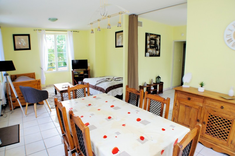 Location de vacances - Gîte à Faycelles - Séjour/salon du gîte