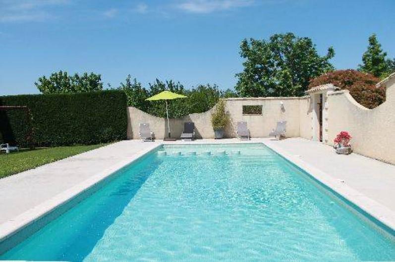 Location de vacances - Mas à Cabannes - Piscine