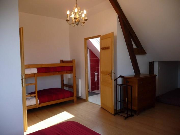 """Location de vacances - Gîte à Mons-Boubert - Chambre """"Briqueterie"""""""