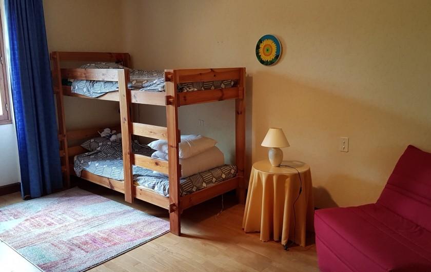 """Location de vacances - Villa à Marsolan - Chambre 3, dite """"des enfants"""""""