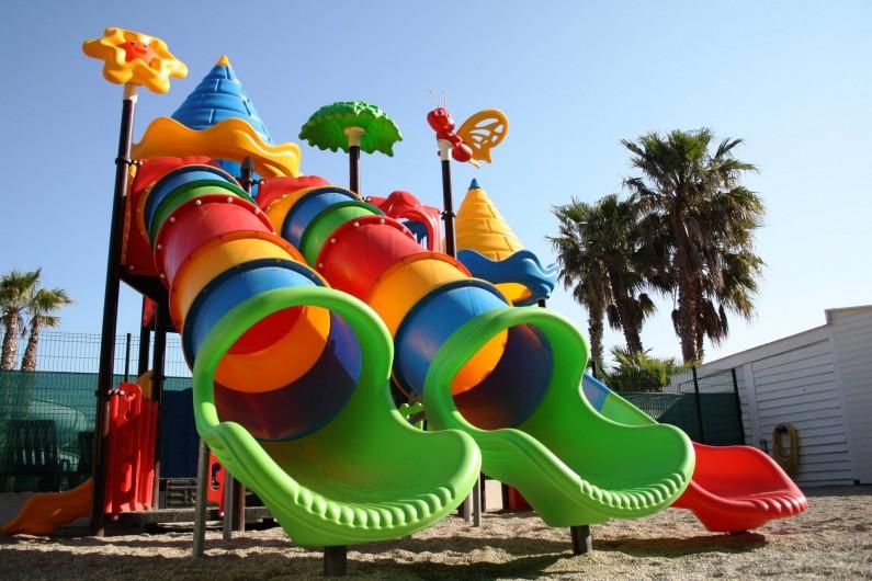 Location de vacances - Camping à Le Barcarès - L'aire de jeux des enfants s'est agrandie !