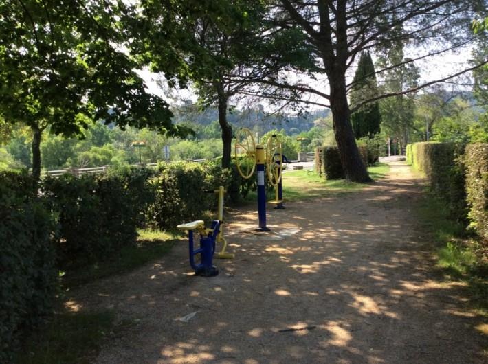 Location de vacances - Villa à Saint-Martin-d'Ardèche - fitness en plein air à 200m de la maison