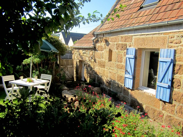 Location de vacances - Gîte à Perros-Guirec - maison de vacances et jardin tiploum ploumanach