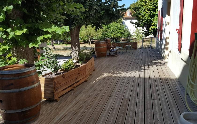 Location de vacances - Appartement à Pomas - terrasse