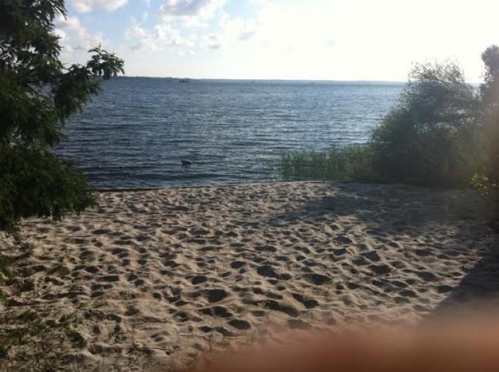 Location de vacances - Chalet à Parentis-en-Born - plage de sable