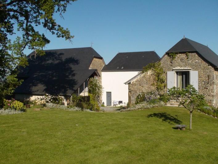 Location de vacances - Gîte à Lucq-de-Béarn - Ensemble de l'enclos béarnais