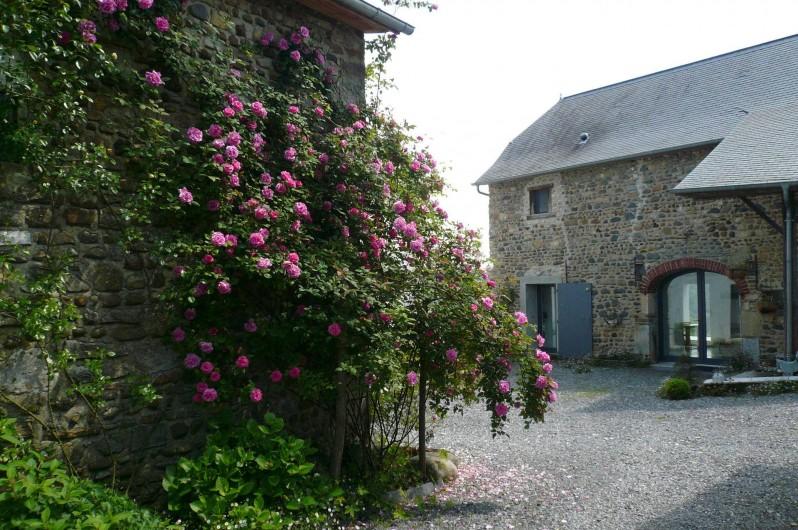 Location de vacances - Gîte à Lucq-de-Béarn - Entrée du gîte