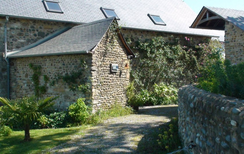 Location de vacances - Gîte à Lucq-de-Béarn - Entrée de l'enclos