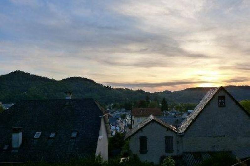 Location de vacances - Gîte à Bagnères-de-Bigorre - Vue depuis le jardin