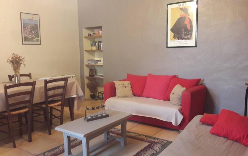 Location de vacances - Gîte à Lisle-sur-Tarn - salon -salle a manger