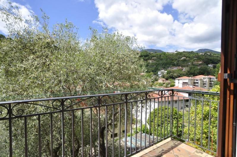 Location de vacances - Villa à Menton - Balcon chambre 1