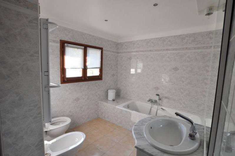 Location de vacances - Villa à Menton - Salle de bains