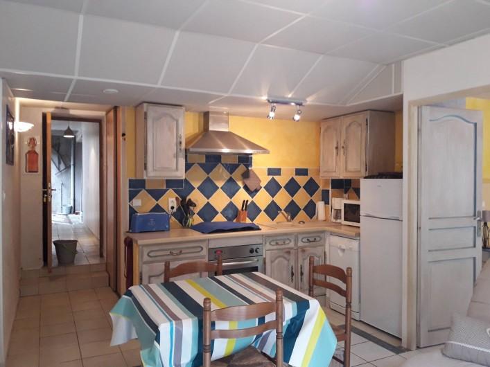 Location de vacances - Gîte à Sainte-Énimie - coin cuisine