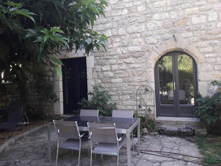 La Maison D Eragon Situe A Sainte Enimie Coeur Des Gorges Du Tarn Lozere