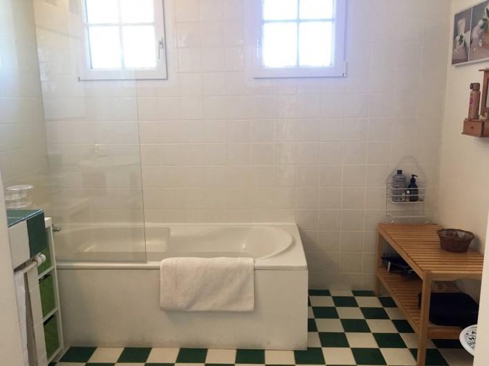 Location de vacances - Villa à Alès - Salle de bain