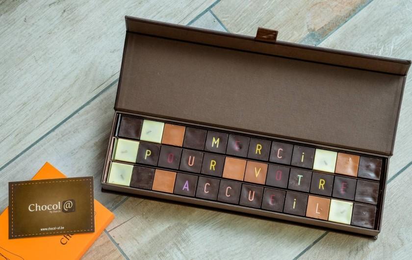 Location de vacances - Chambre d'hôtes à Quimperlé - Chocolats reçus après le départ de Belges, Robert et Christine