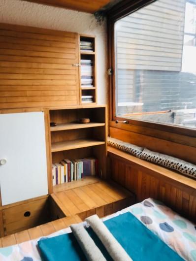 Location de vacances - Appartement à Les Claux - Chambre