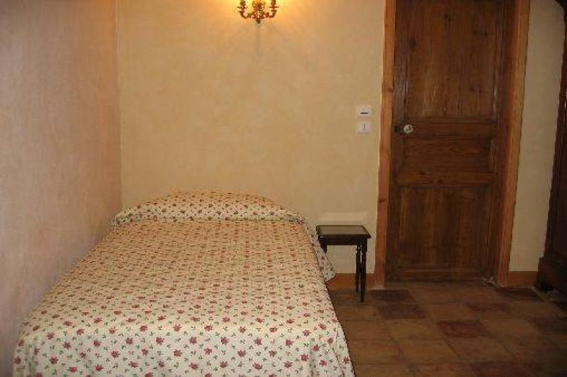 Location de vacances - Chambre d'hôtes à Fabrègues - Le Nom de la Rose, pour une personne.
