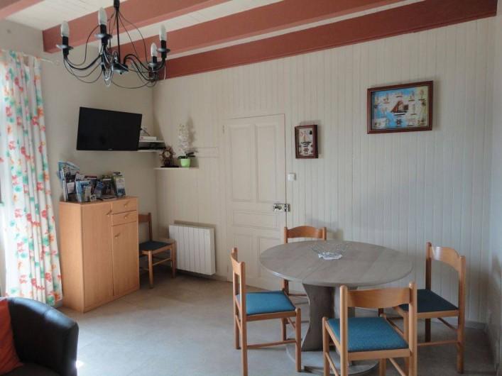 Location de vacances - Villa à Névez - Côté salle à manger