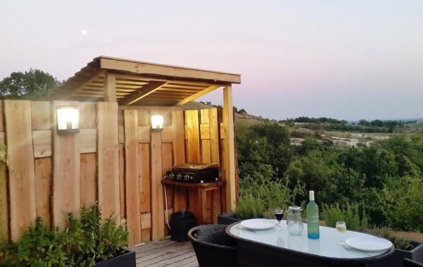 Location de vacances - Insolite à Labastide-de-Penne - terrasse du dôme confort