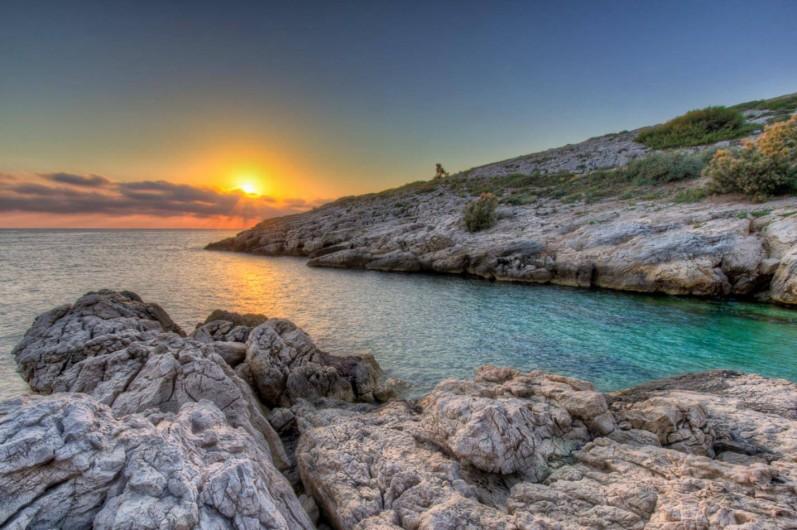 Location de vacances - Chambre d'hôtes à Marseille - la calanque de saména à 200 mètres des chambres d'hôtes