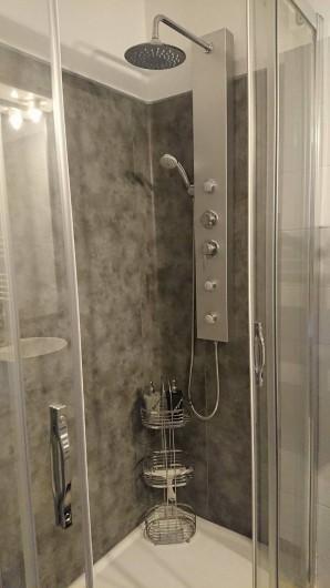 Location de vacances - Gîte à Puivert - Salle d'eau (Piccolove)
