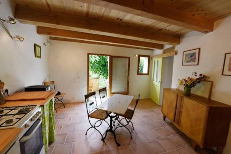 Location de vacances - Gîte à Mollans-sur-Ouvèze - Le séjour-cuisine