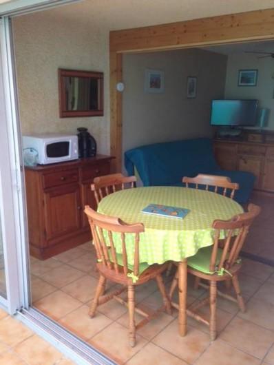 Location de vacances - Appartement à Le Cap d'Agde - coin repas