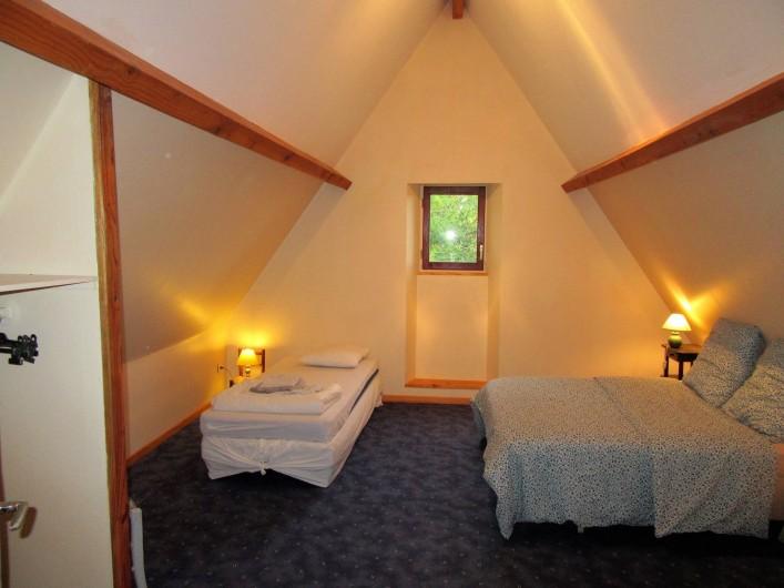 Location de vacances - Villa à Salviac - Chambre 2 ;16m2 1er ét.