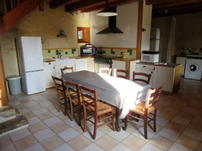 Location de vacances - Villa à Salviac - Cuisine ;35m2
