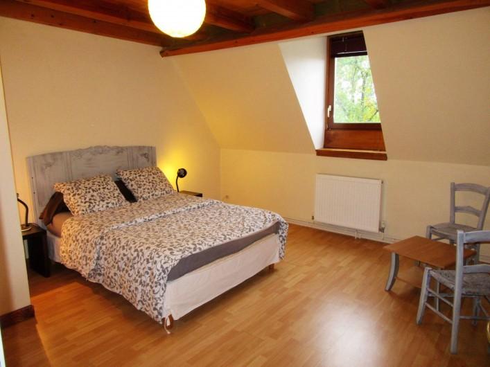 Location de vacances - Villa à Salviac - Chambre 3 ; 13m2 1er ét.