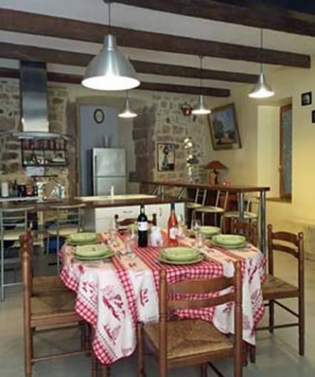 Location de vacances - Appartement à Fontès - Vue du salon salle a manger, cuisine