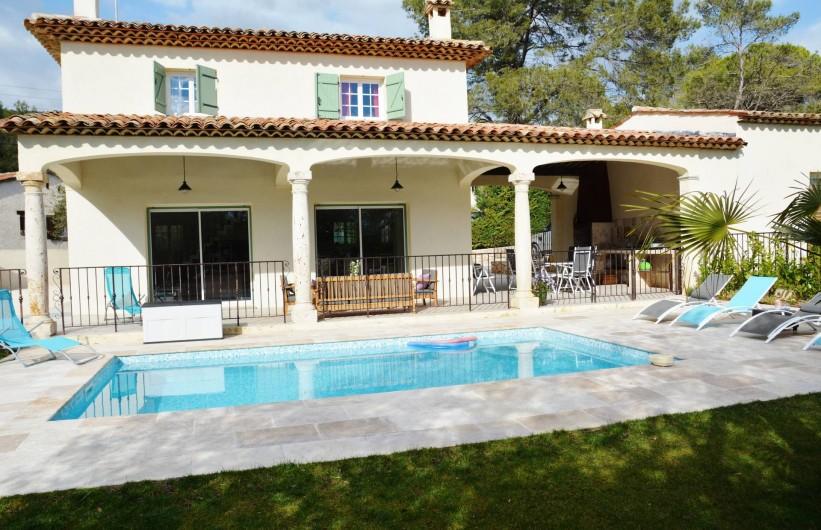 Villa Provencale Climatise Avec Piscine Sur La Cte DAzur  Le Tignet