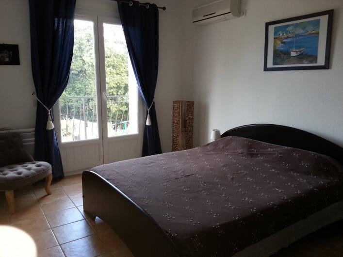 Location de vacances - Appartement à Cargèse - Chambre 2 du 1er