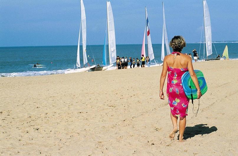 Location de vacances - Gîte à Les Clouzeaux - Les plages et le bord de mer sont à 30 km