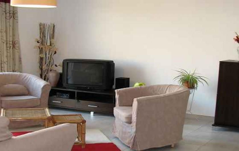 Location de vacances - Gîte à Les Clouzeaux - TV - lecteur DVD - Radio - internet - wifi