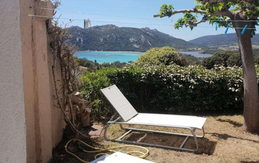 Location de vacances - Villa à Porto-Vecchio - Jardinet coté chambre