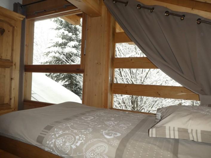 Location de vacances - Chalet à Megève - chambre 4 et vue sur l'extérieur