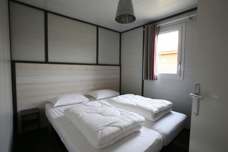Location de vacances - Bungalow - Mobilhome à Millau - Chalet du Tarn (chambre, max 4 personnes)