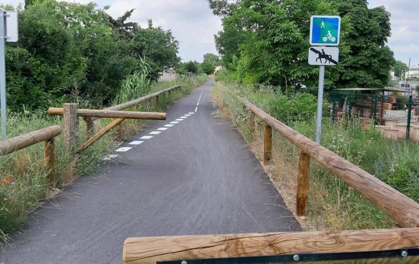 Location de vacances - Villa à Argilliers - voie verte