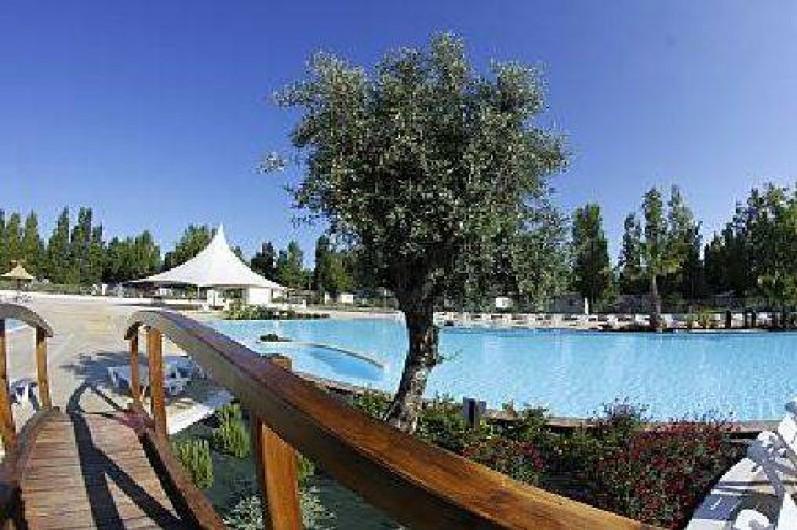Location de vacances - Camping à Vias - Vue piscine