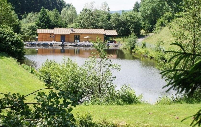 """Location de vacances - Gîte à Saint-Appolinaire - Gîte """"Le Moulin"""" à St Appolinaire - en Haut Beaujolais, dans le Rhône"""