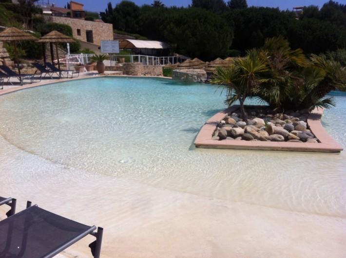 Location de vacances - Appartement à Saint-Cyr-sur-Mer - La piscine des petits