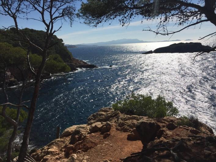 Location de vacances - Appartement à Saint-Cyr-sur-Mer - Les Calanques accessibles à pieds dès 40'